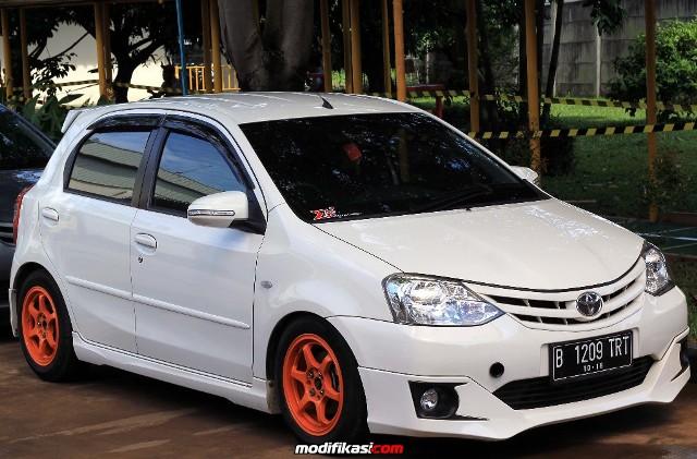 10 Konsep Modifikasi Toyota Etios Valco Terbaru - Otodrift