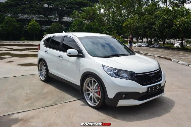 Honda Crv And Hrv >> 20 Konsep Modifikasi Honda CRV Gen 4 Terbaru - Otodrift